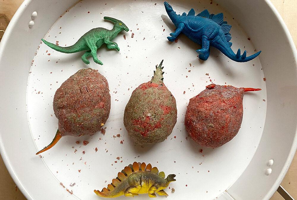 Dino odkrywcy – eksperyment z buzującymi jajami